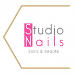 Modern-style-Studi-Nails